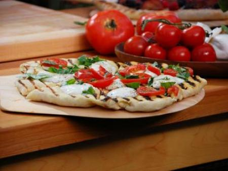Bobby-Flay_Grilled-Margherita-Pizza_s4x3.jpg.rend.sni12col.landscape