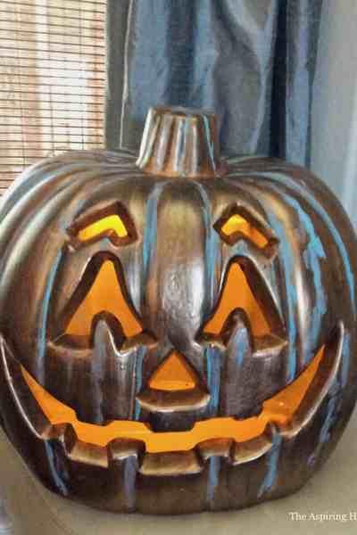 Jack O' Lantern Pumpkin Makeover