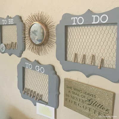 Chicken Wire Memo Boards Using Picture Frames | The Aspiring Home