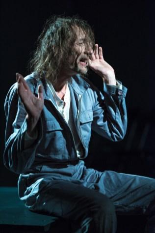 Felix Kubitza_das schloss_theaterarche_web23