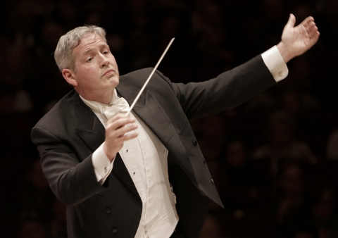 Music director David Hayes conducts the New York Choral Society and Orchestra