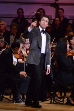 "Julian Ovenden as he sang ""Soliloquy"" from ""Carousel"" with The New York Pops (Photo credit: Maryann Lopinto)"