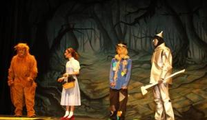 TheatreWorld's Haunted Forest Professional Scenic Backdrop in Brookville High WIZARD OF OZ