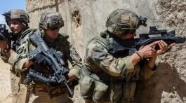 Soldats français dans l'opération Barkhane. Crédit : EMA.