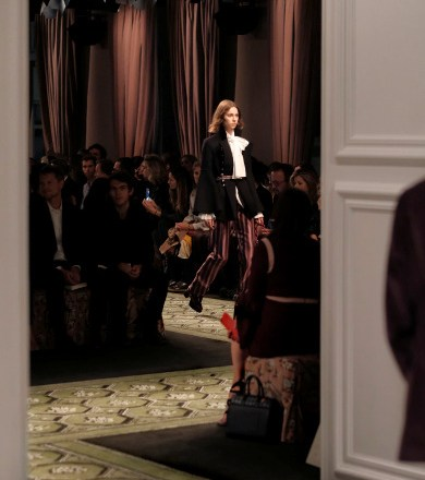 See now-buy now – lo show evento di Burberry
