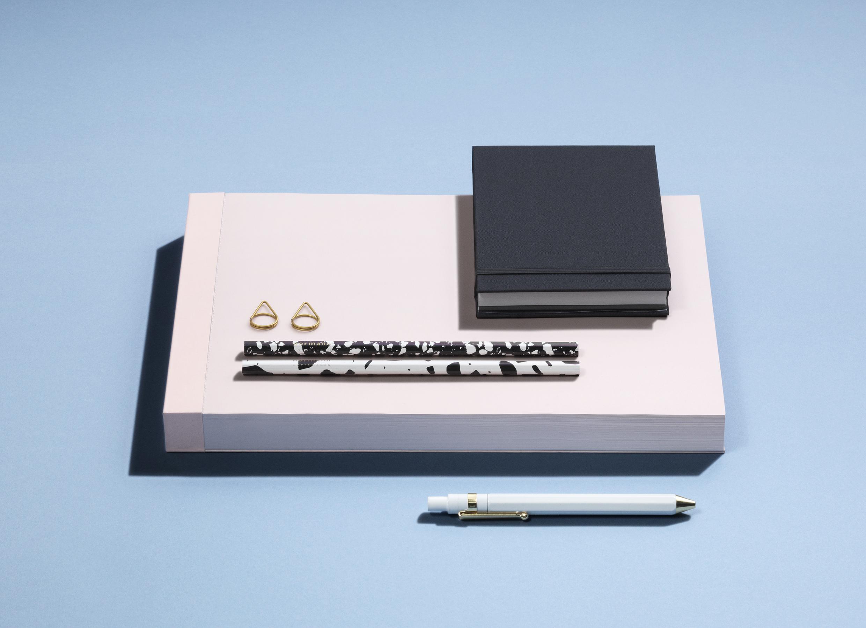 Design Republic & Simple Flair presentano DESIGN SOUVENIR
