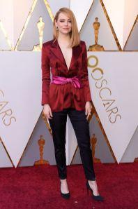 Emma Stone in Louis Vuitton agli Oscars 2018, LA