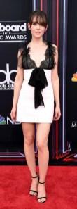 Alison Brie in Giambattista Valli ai Billboard Awards 2018
