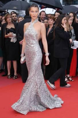 Bella Hadid in Elie Saab al Cannes film Festival
