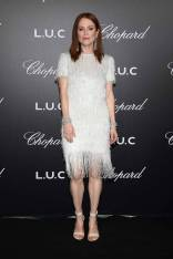 Julianne Moore in Givenchy e gioielli Chopard al Chopard Gentleman's Night, Cannes Film Festival