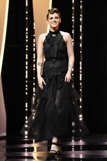 Kristen Stewart in Chanel all''Everybody Knows' premiere, Cannes Film Festival