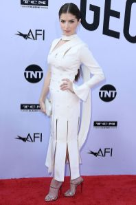 Anna Kendrick in Ralph & Russo ai AFI Life Achievement Award, Los Angeles