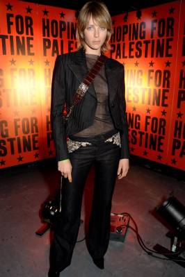 Edie Cambell al Hoping for Palestine 2018, London