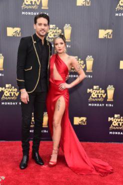 Halsey in Julien Macdonald e gioielli Lorraine Schwartz e G-Eazy in Saint Laurent agli MTV Movie & TV Awards 2018