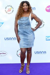 Serena Williams con un abito della sua collezione al Tennis On The Thames event, London