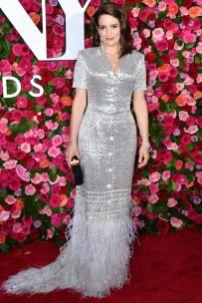 Tina Fey in Thom Browne ai 72nd Annual Tony Awards, New York