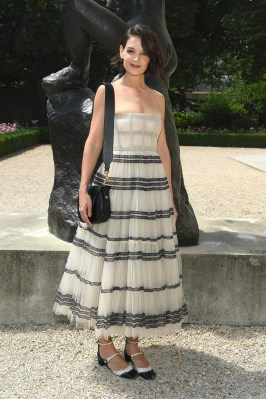 KATIE HOLMES in Dior Couture al Dior Haute Couture AW18 show, Paris
