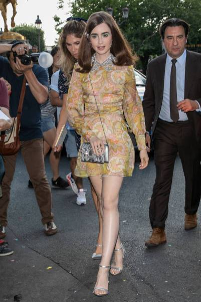 Lily Collins al Miu Miu 2019 Cruise show, Paris