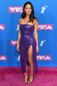 Olivia Munn in David Koma, scarpe Loriblu, clutch Tyler Ellis agli MTV VMA 2018