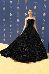 Angela Sarafyan in Christian Siriano agli Emmy Awards, California
