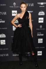 Gigi Hadid in Vivienne Westwood al Harper's Bazaar Icons party durante la New York Fashion Week