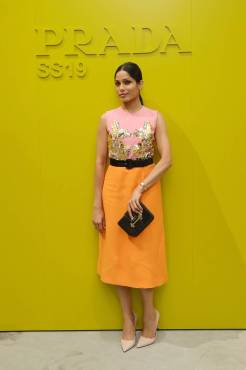 Freida Pinto al Prada show, Milano Fashion Week