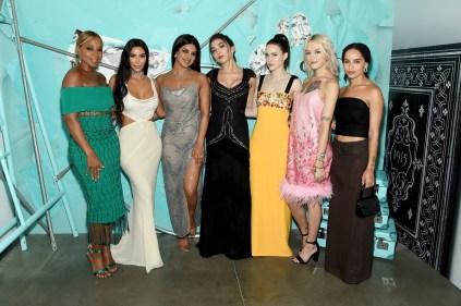 Kim Kardashian West, Zoe Kravitz e Priyanka Chopra hanno indossato gioielli della nuova collezione all'evento di presentazione della collezione Tiffany Blue Book 2018