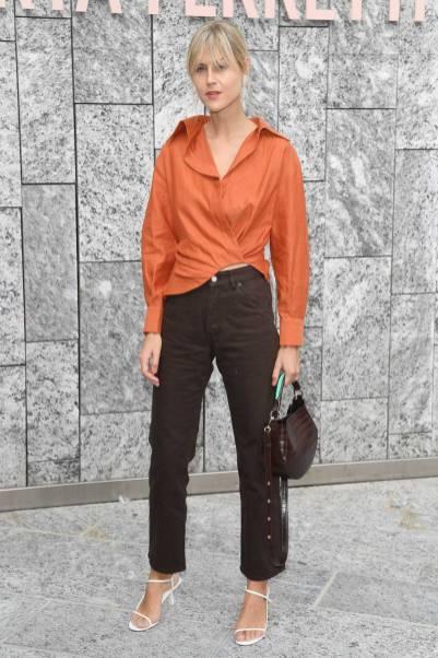 Linda Tol all'Alberta Ferretti show, Milano Fashion Week