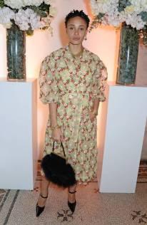 Adwoa Aboah in Simone Rocha al Vogue Celebrates One Year Anniversary Of Edward Enninful, National Portrait Gallery -