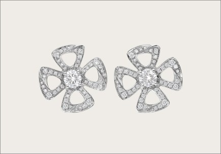 Bulgari, orecchini in oro bianco e diamanti