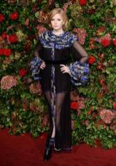Ellie Bamber in Chanel Haute couture ai Evening Standard Theatre Awards, London
