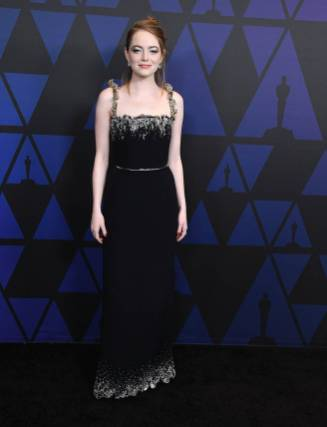 Emma Stone in Louis Vuitton ai The Governors Awards, Hollywood