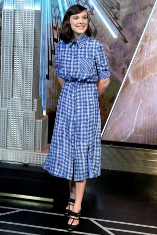 Millie Bobby Brown in Altuzarra all'Empire State Building