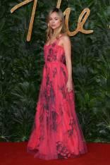Lady Amelia Windsor in Carolina Herrera ai Fashion Awards 2018, London
