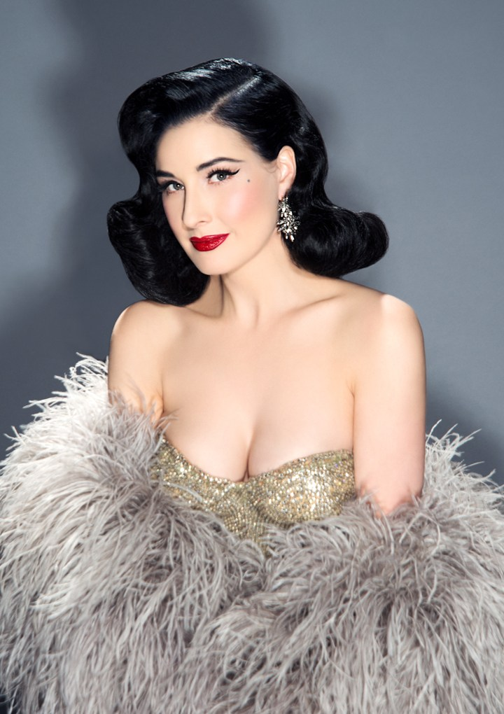 Dita Von Teese sarà la guest star del Fashion Freak Show di Jean Paul Gaultier