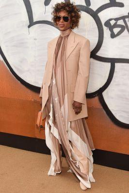 Naomi Campbell in Louis Vuitton al Louis Vuitton menswear show ,Paris