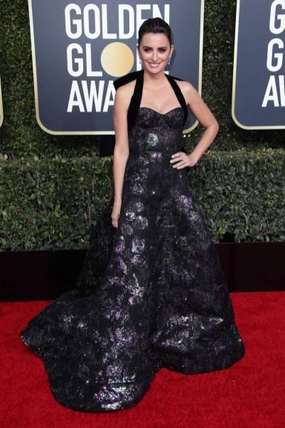 Penelope Cruz in Ralph & Russo ai Golden Globes 2019