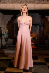 Saoirse Ronan in Dior alla Mary Queen of Scots Premiere, Edinburgh
