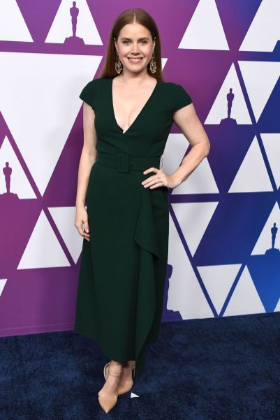 Amy Adams in Oscar de la Renta e sandali Christian Louboutin all'Oscar Nominees Luncheon
