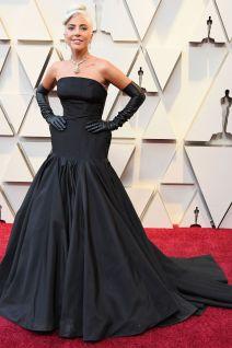 Lady Gaga in Alexander McQueen e gioielli Tiffany agli Oscars 2019,LA
