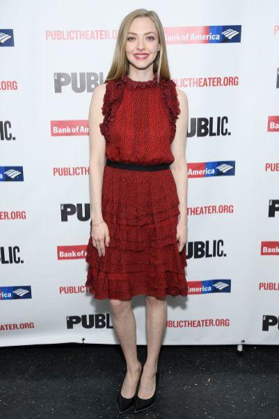 Amanda Seyfried in Jason Wu e sandali Jimmy Choo alla serata d'apertura diWhite Noise New York.