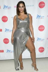 Ashley Graham in Fannie Schiavoni all'American Beauty Star, New York