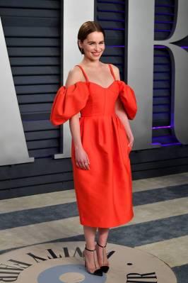 Emilia Clarke in Rosie Assoulin al Vanity Fair Oscar after party, LA