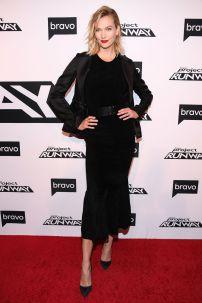 Karlie Kloss in Brandon Maxwell al Project Runway New York premiere.