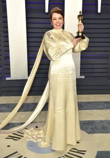 Olivia Colman in Stella McCartney al Vanity Fair Oscar after party, LA