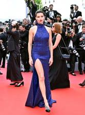 Adriana Lima in Michael Kors Collection al Cannes Film Festival Red Carpet 2019