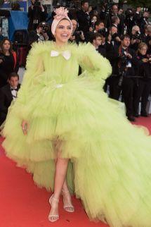 Deepika Padukone in Giambattista Valli alla premiere of Pain And Glory, Cannes Film Festival