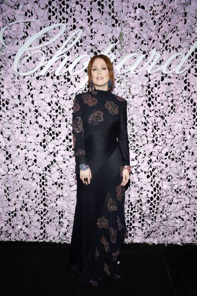 Julianne Moore in Chloé al Chopard Lovenight Photocall al Cannes Film Festival Red Carpet 2019