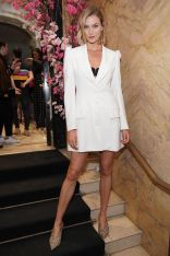 Karlie Kloss in Christian Siriano all'anniversario di The Curated NYC.