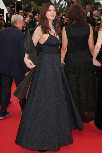 Monica Bellucci in Dior e gioielli Bulgari alla premiere of Les Plus Belles Annees D'Une Vie, Cannes Film Festival